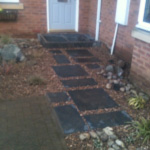 Slate pathway with Trent gravel and cobbles